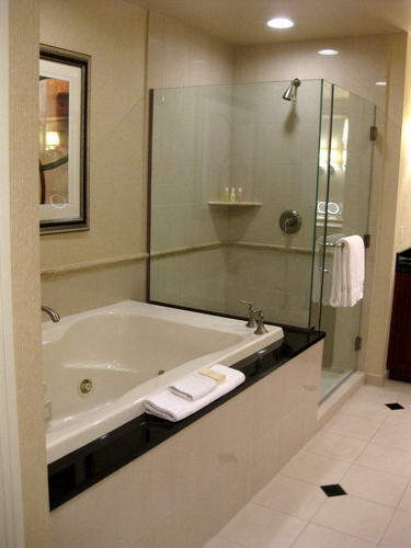 Small Bathroom Remodeling Services In Los Angeles Ca