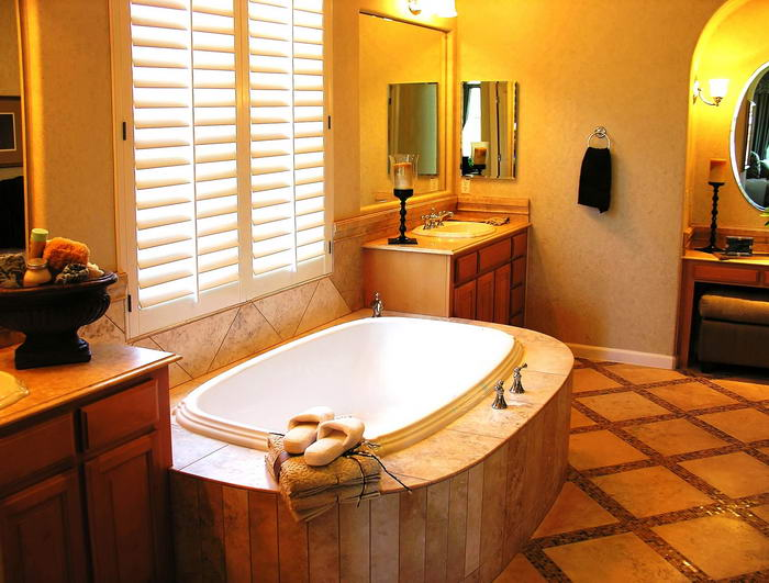 Small bathroom remodeling services in los angeles ca for Bathroom remodeling services